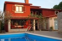 Holiday homes with pool in Krnica, Istria