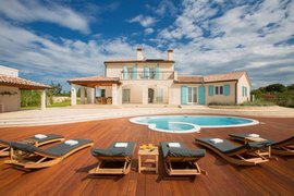Villa with Pool in Bale, Istria