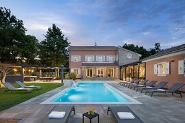 Villa with pool in Svetvincenat, Istria, Croatia