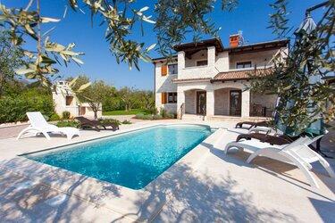 Villa with private Pool in Tar-Vabriga, Istria